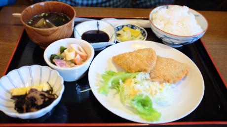 キッチンしまのアジフライ定食