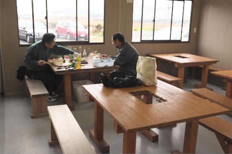 蓑島カキ小屋