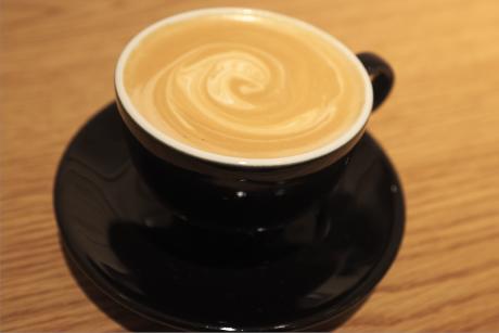 ロンハーマン福岡 RH CAFEのカフェラテ