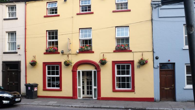 Cork Auburn House